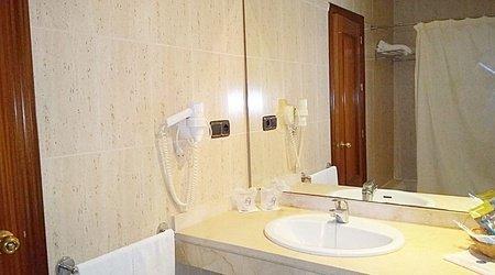 Salle de bains hotel ele don ignacio san josé, almería