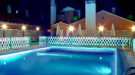 Piscina ELE Hotel Puerta de Monfragüe