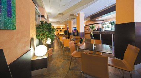 Coffee-bar ele green park hotel pamphili rome, italie