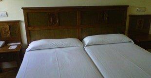 CHAMBRE DOUBLE POUR 1 PERSONNE ELE Hotel Puerta de Monfragüe